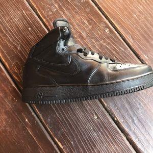 Black Nike Air Force 1 High Top